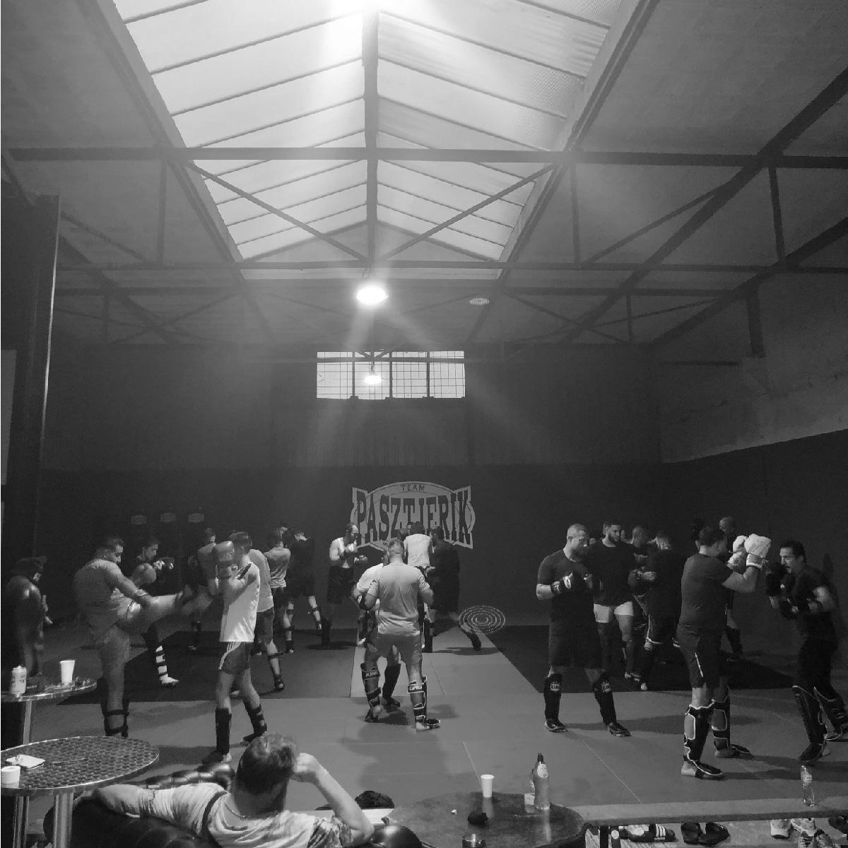 Kickboksles bij Team Pasztjerik Gym Schiedam